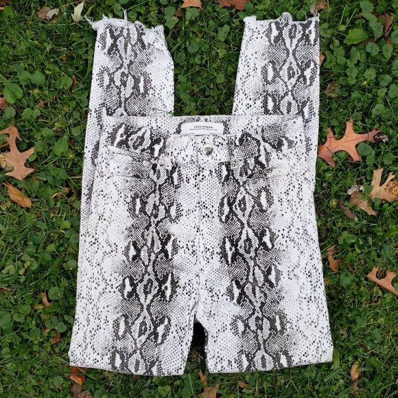 Zara Woman Black & White Snake Print Skinny Jeans